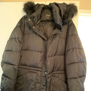Lane Bryant puffer cost with faux fur trim in EUC